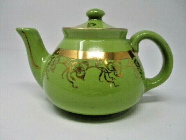 Hall China New York Style 2 Cup Teapot Green w/Standard Gold Floral