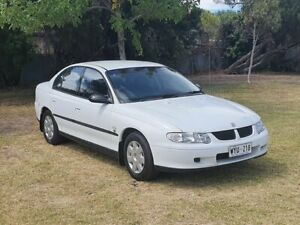 2001 Holden Commodore VX II Executive 4 Speed Automatic Sedan Windsor Gardens Port Adelaide Area Preview