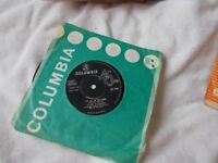 Vinyl 7inch 45 It's All In The Game / Your Eyes Tell On You * - Cliff Richard With The Shadows *