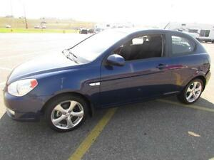 2010 Hyundai Accent SE *VERY LOW KM'S!!*