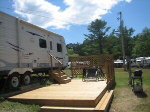 Waterfront 2 Bedroom Comfortable Trailer 1 week only $549+ tax