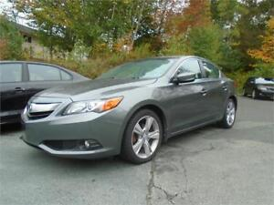 2014 Acura ILX Tech w/only 46500km's