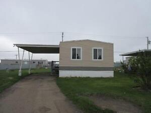 37 Lloydminster Heritage Estates-Free Cable & Wifi internet