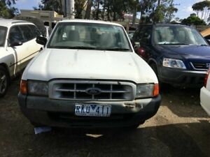 2001 Ford Courier PE GL White 5 Speed Manual Pickup Werribee Wyndham Area Preview