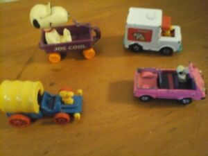 Snoopy  and Woodstock Toy Cars Vintage