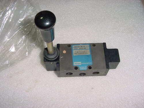 New ATLAS VGD25X-HC-5 AIR Manual Lever Directional Control Valve  B204 0651-55