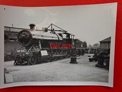 PHOTO  GWR CLASS 28XX LOCO NO 2800 IN SWINDON WORKS YARD
