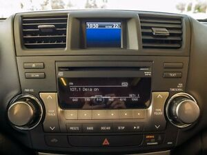 2013 Toyota Highlander Sport, AWD, Leather, Heated Seats, Power  Edmonton Edmonton Area image 12
