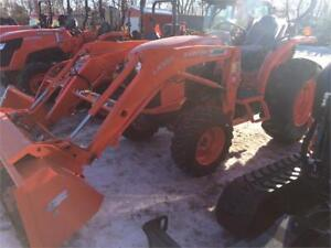 Kubota L3560HSTRC Tractor and LA555 Front Loader