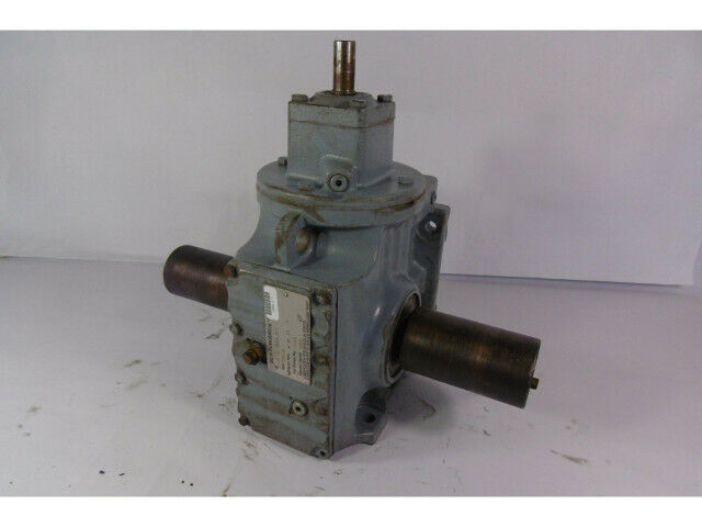 Sew Eurodrive S67AD2 Gear Reducer 121.33:1 Ratio  USED