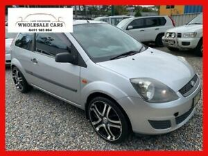 2005 Ford Fiesta WP LX Silver Chrome 4 Speed Automatic Hatchback
