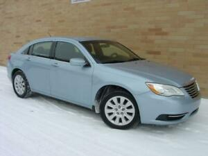2013 Chrysler 200 LX. 4 cyl. Automatic! Loaded!
