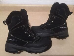 Women's Wind River Insulated Winter Boots Size 9 London Ontario image 1