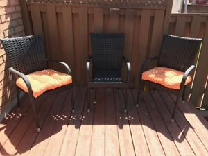 Patio chairs with cushions (set of 6)