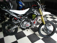 MOTO MADNESS 125CC 4 STROKE OFF ROAD BIKE