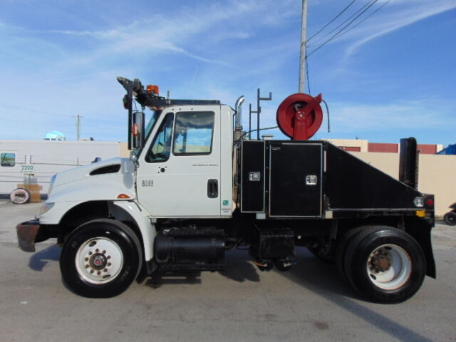 International 8500  Mobile Home    Modular Office Mover Daycab Semi Tractor