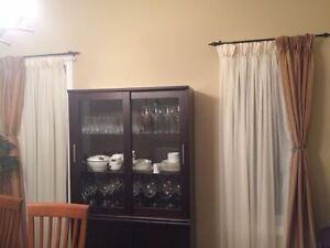 Very good condition living room and formal dinning room curtain Kingston Kingston Area image 3