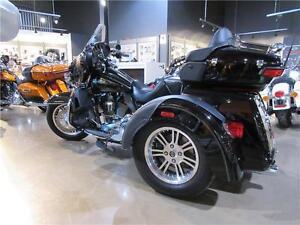 FLHTCUTG Tri Glide Ultra Classic 2014 usagé Harley Davidson
