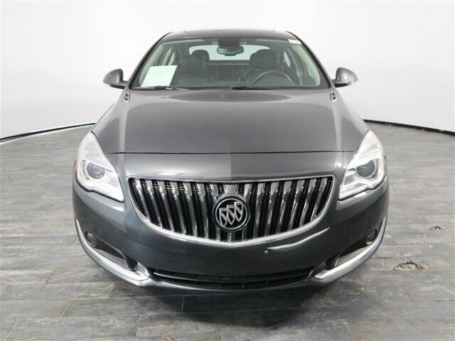 Image 3 Voiture American used Buick Regal 2017