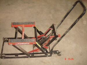 Motorcycle/ATV/Lawnmower Lift