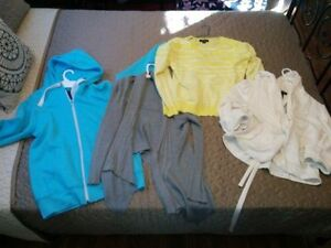 LOT OF 8 SWEATERS/SHRUGS/CARDIGANS/HOODIES SZ L/XL
