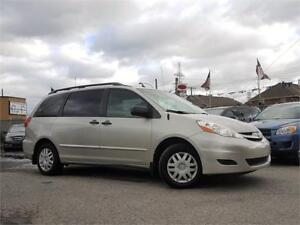 2009 Toyota Sienna CE/AUTO/AC/7PASS/AUX/CRUISE/GROUP ELECT!!!