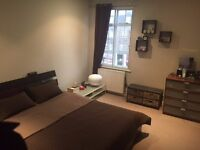 Large bright room to rent in superb Streatham Hill Flat £690 PCM - AVAILABLE NOW