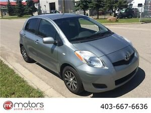 2011 Toyota Yaris LE Auto  MINT low kms clean car inspected