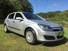 2004 Holden Astra AH CD Silver 5 Speed Manual Hatchback Tuggerah Wyong Area Preview