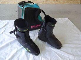 Ski boots, size 11, black.
