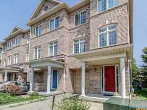 3 Bdrm End Unit For Sale In Mississauga!!