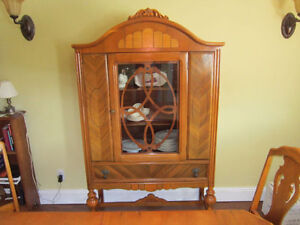 Antique Dining Room (10 piece) Suite circa 1900 St. John's Newfoundland image 3