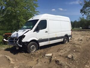 2008 MERCEDES SPRINTER  PARTING OUT