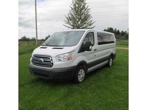 2015 Ford TRANSIT WAGON 150 XLT SUPER CLEAN!