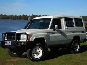 2011 Toyota Landcruiser VDJ76R 09 Upgrade Workmate (4x4) White 5 Speed Manual Wagon Lansvale Liverpool Area Preview