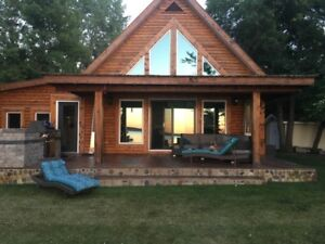 Lakefront 4 Season Pleasant Valley Cabin on Pelican Lake, MB