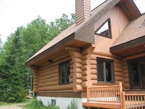 maison bois rond  , terrain , chasse chevreuil
