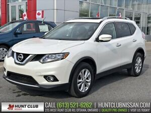 2015 Nissan Rogue SV AWD | Pano Moonroof, Htd Seats, Rear Camera
