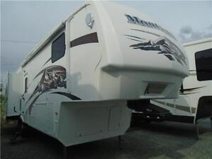 2008 Montana 3075RL Fifth Wheel