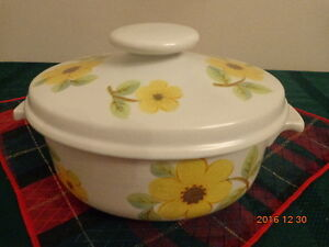 ROYAL DOULTON Summer Days Casserole Dish:  Only $10.00!
