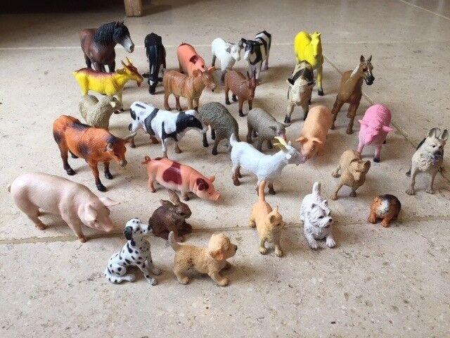 Set of large farm animals