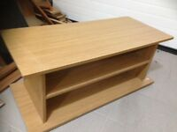 TV STAND/COFFEE TABLE FOR SALE 15 POUNDS ONLY