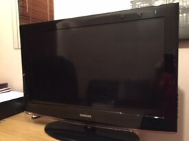 """Samsung 32"""" LCD TV with Stand"""