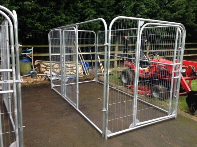 Dog/chicken/poultry animal pens/runs/enclosures £200 | in Thornton