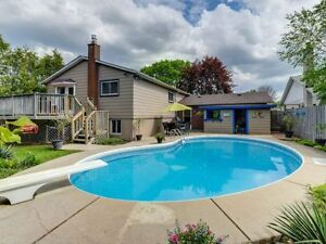 Beautiful Renovated House 5min from Markham GO with Pool