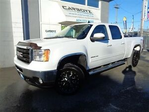 2011 GMC Sierra 2500 SLT Crew 4x4, Diesel, Leather, Sunroof, One