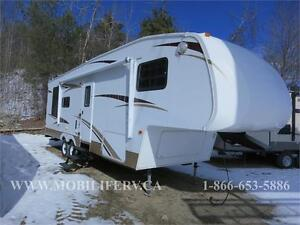 *PRE-OWNED FIFTH WHEEL**COUPLES UNIT!*GREAT SHAPE!*LARADEO*