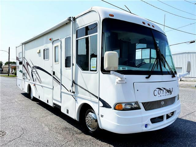 2000 MOTOR HOME  R -VISION CONDOR white with 30,655 Miles, for sale!
