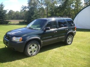 2003 Ford Escape xlt SUV, Crossover priced to sell OBO