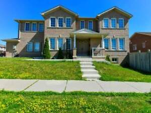 **Elegant Corner Unit - Detached house for sale in Brampton**